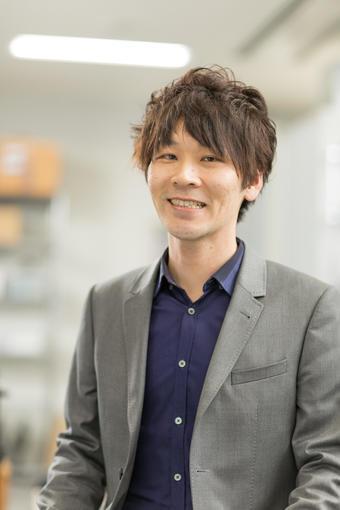 横田先生.jpg